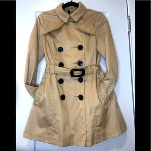 H&M divided tan trench coat size 6